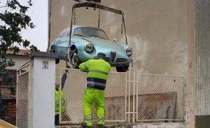 Rescatado un Alfa Romeo Giulietta SZ después de 35 años en un sotano