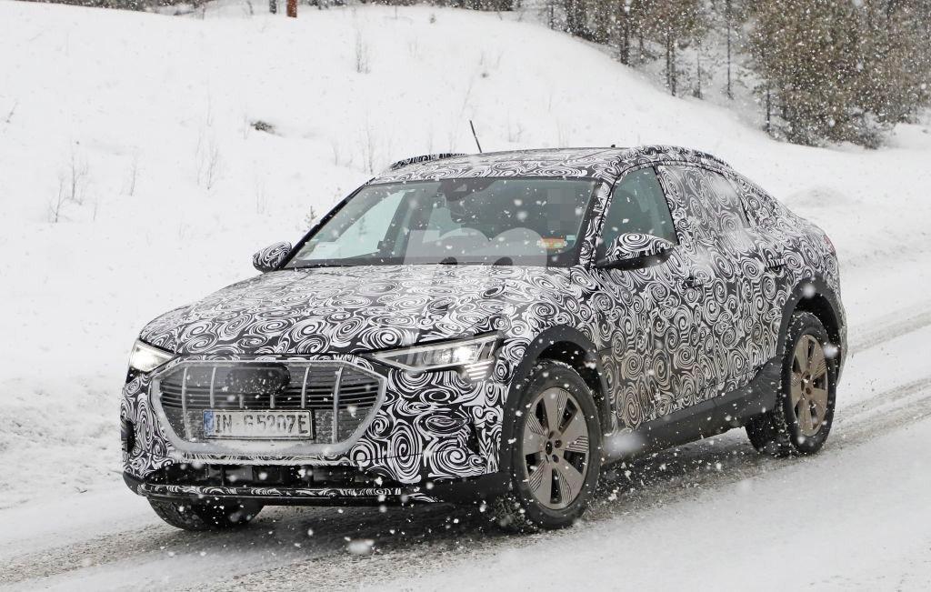 El nuevo Audi e-tron quattro Sportback se deja ver en la nieve