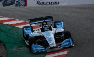Carlin domina por sorpresa el test de Laguna Seca antes de la lluvia