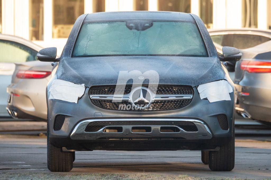 El actualizado Mercedes GLC 2019 se destapa por completo en unas últimas fotos espía