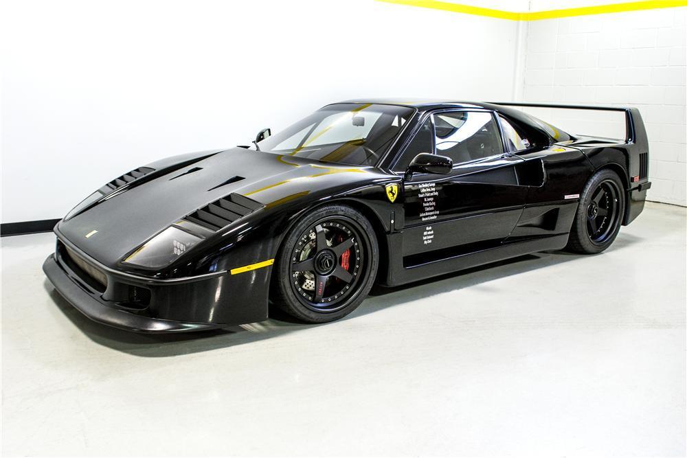 El célebre Ferrari F40 negro de Fast N' Loud embargado y a subasta