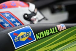 Carlin renueva a Chilton y, por cinco carreras, a Kimball