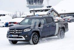 El nuevo Mercedes Clase X de batalla larga cazado sin camuflaje
