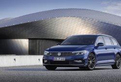 Volkswagen ofrecerá tres equipamientos, incluido el R-Line, en el nuevo Passat 2019