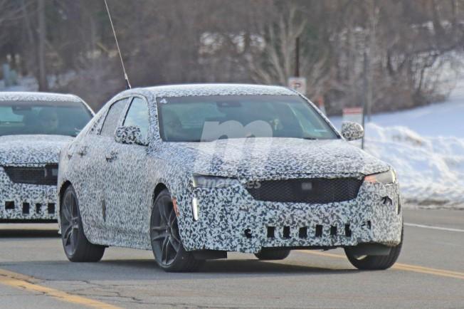 El Cadillac Ct4 2020 Se Deja Ver En La Calle Con Sus Nuevas Opticas