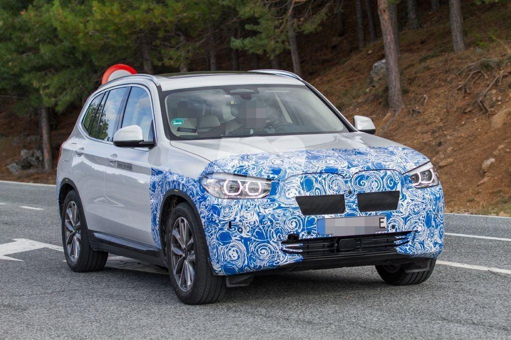 El nuevo BMW iX3, ya a la venta bajo reserva en Holanda