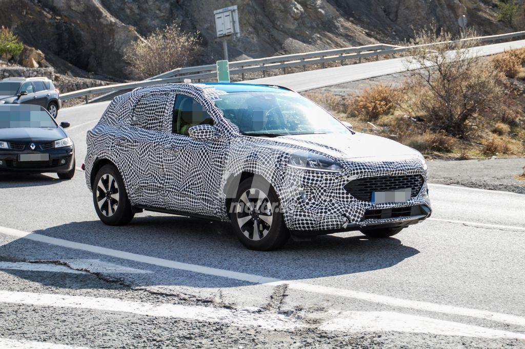 El nuevo Ford Kuga ya rueda con su configuración definitiva en Europa