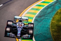 Hamilton consuma su octava pole en Melbourne