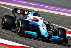 Kubica afirma que su Williams se comporta de manera muy distinta al de Russell