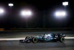Hamilton se encuentra con la victoria en Bahréin gracias a la rotura de Leclerc