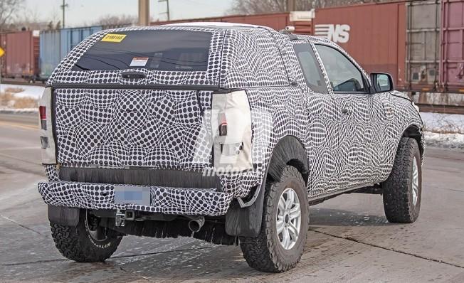 Ford Bronco 2020 - foto espía posterior