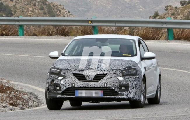 Renault Mégane 2020 - foto espía frontal