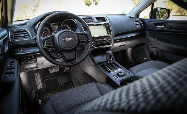 Subaru Outback Black Edition - interior