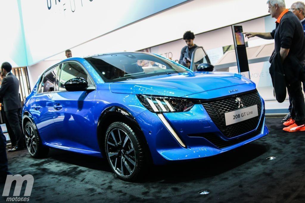 Peugeot se estrena en los eléctricos del segmento B con el nuevo e-208