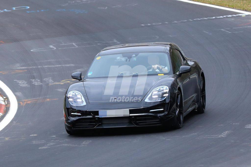 El Porsche Taycan Cross Turismo ya rueda en Nürburgring