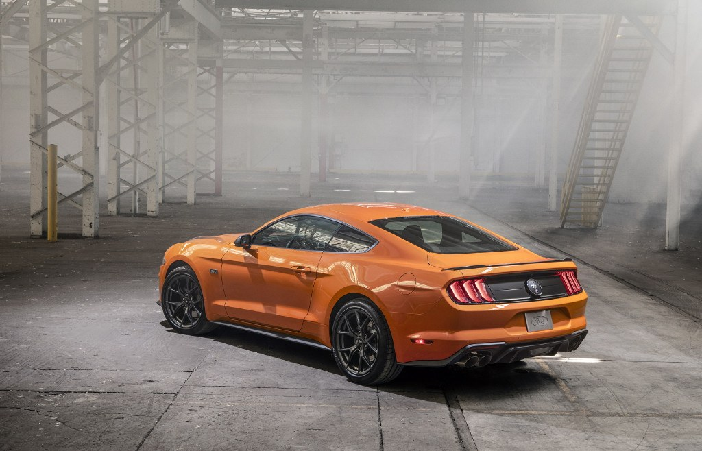 ford-mustang-23-l-high-performance-packa