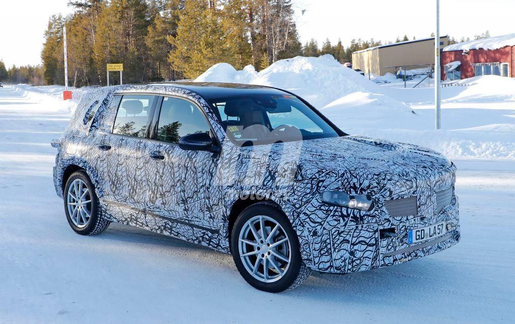 Primeras imágenes del nuevo Mercedes EQB eléctrico con su carrocería definitiva