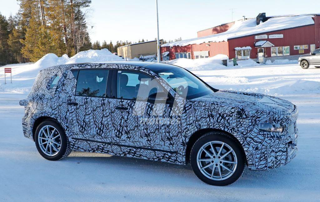 2020 Mercedes-Benz EQB 5