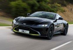 Aston Martin anuncia la nueva versión manual Vantage AMR