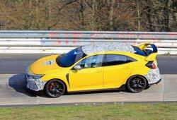 El Honda Civic Type R estrena techo de carbono en Nürburgring
