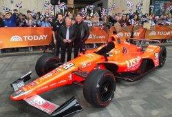 Marco Andretti homenajea a Mario en el 50 aniversario de su victoria