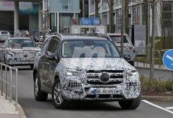 El nuevo Mercedes GLS 2020, cazado a las puertas del centro de desarrollo en Alemania