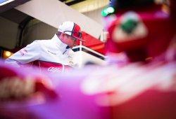 """Räikkönen, sobre la flexión de su alerón: """"El equipo conocía el problema"""""""