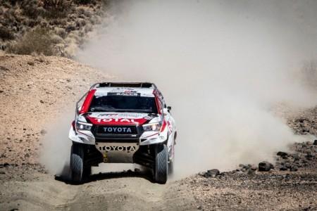 """Al-Attiyah: """"Si Alonso quiere ganar el Dakar, lleva tiempo"""""""