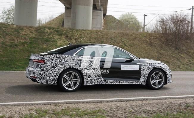 Audi S5 Coupé 2020 - foto espía lateral