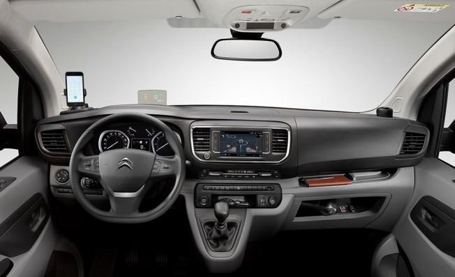 Citroën Jumpy 2019 - interior