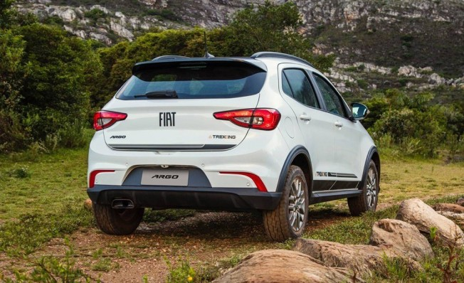 Fiat Argo Trekking - posterior