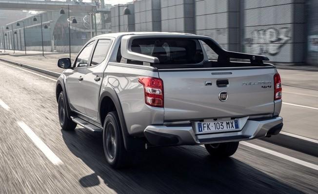 Fiat Fullback Cross - posterior