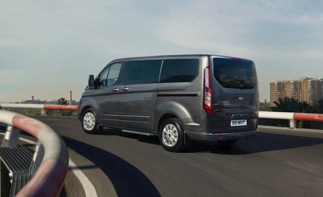 Ford Tourneo Custom Plug-in Hybrid - posterior