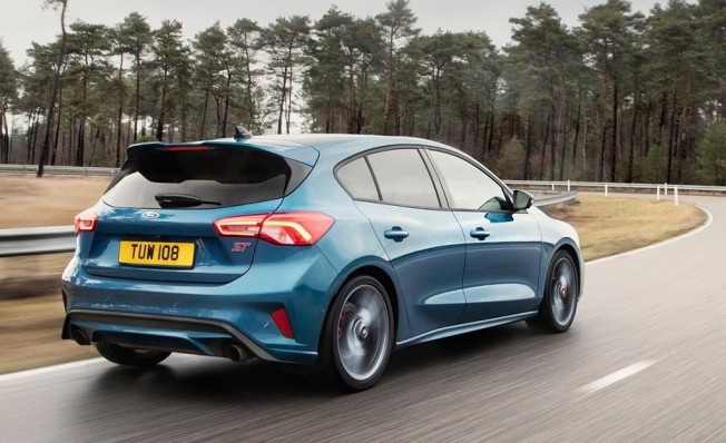 Ford Focus ST 2019 - posterior