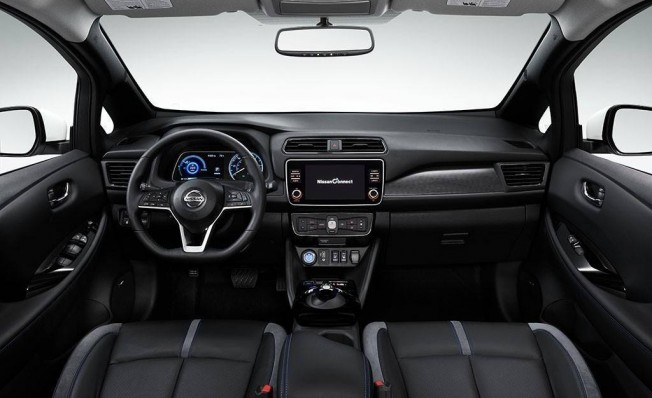Nissan Leaf e+ - interior