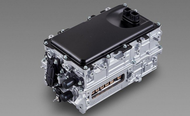 Toyota liberaliza su tecnología híbrida