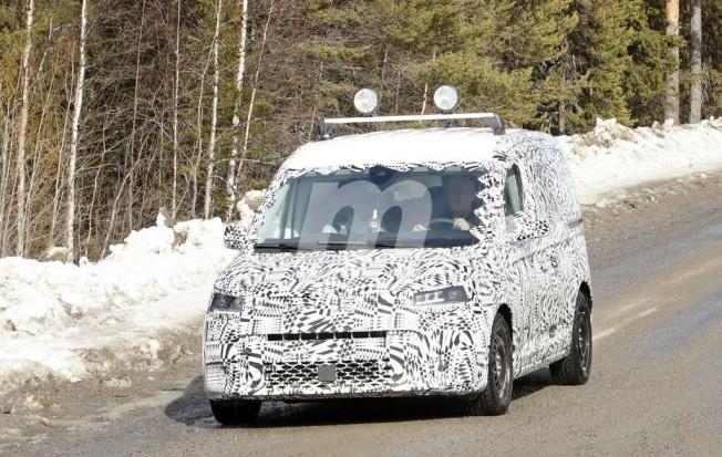 Volkswagen Caddy 2020 - fotos espía