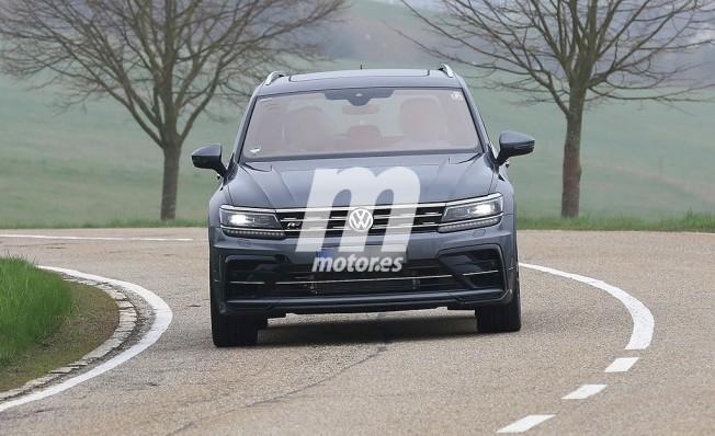 Volkswagen Tiguan R - foto espía frontal