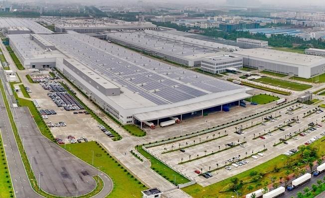 Fábrica de Geely en Luqiao, China