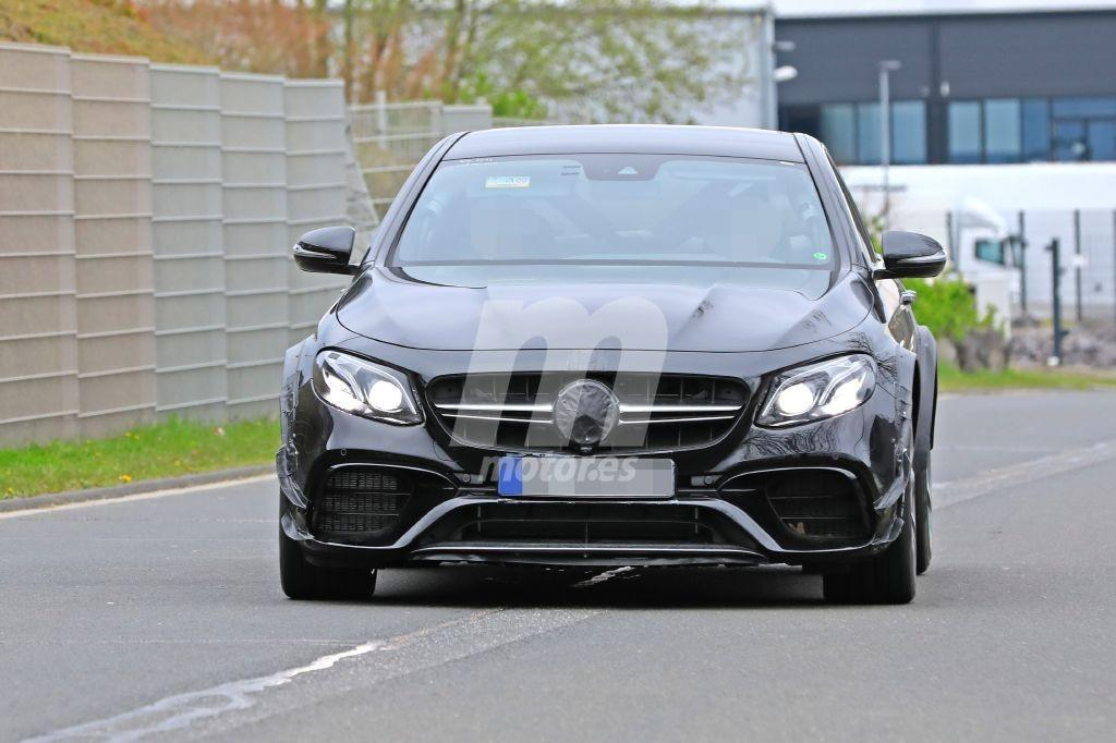Mercedes-AMG comienza las pruebas del nuevo deportivo que relevará al SLC