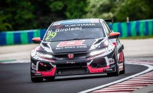 Girolami se anota la primera pole del WTCR en Hungría