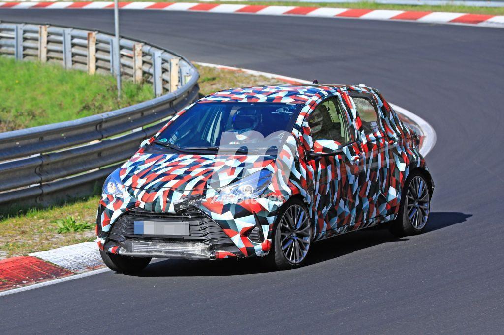 La nueva generación del Toyota Yaris comienza sus pruebas [Actualizado]