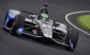 Alonso y Servià sufren en un Fast Friday liderado por Daly y Pigot