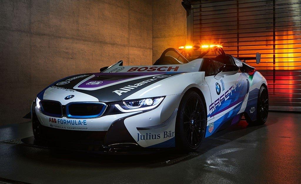 El BMW i8 Roadster se convierte en el coche de seguridad de la Fórmula E
