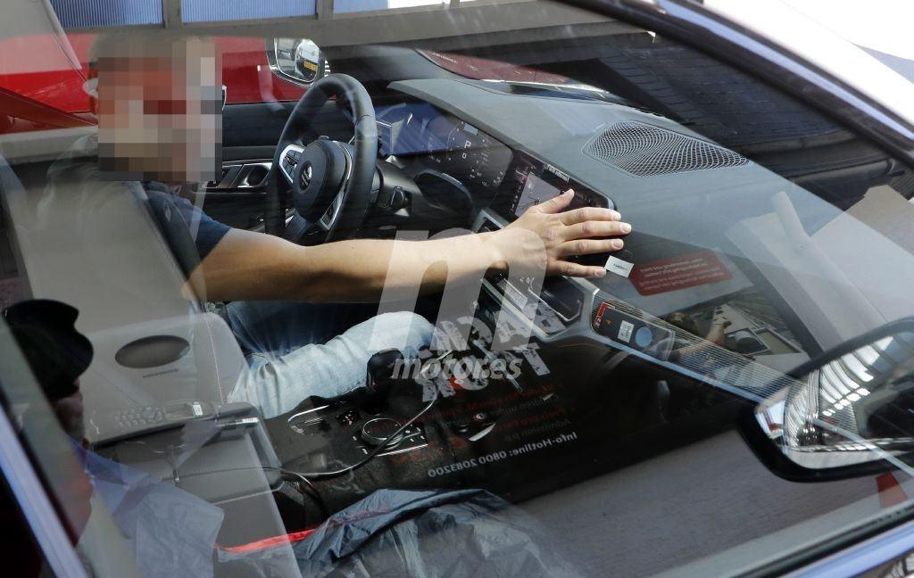Un descuido deja al descubierto el interior del nuevo BMW M3 G80 en Nürburgring