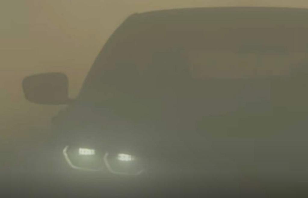 BMW anuncia el nuevo Serie 8 Gran Coupé desde el desierto