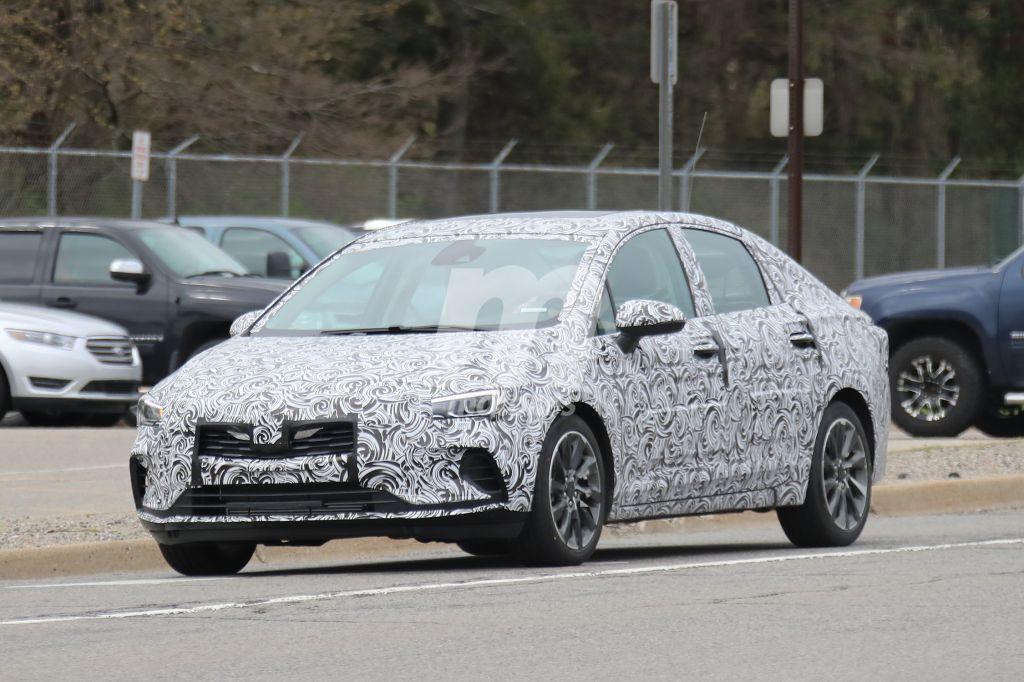 Primeras fotos espía del Buick Verano 2020 probando en EEUU