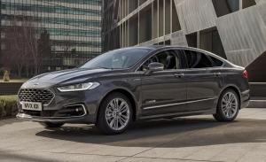 El Ford Mondeo híbrido más barato está bien equipado y tiene etiqueta ECO