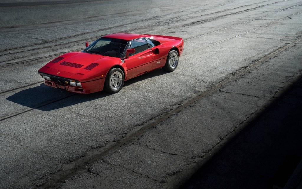 Un Ferrari 288 GTO ex Eddie Irvine fue hábilmente robado en Alemania