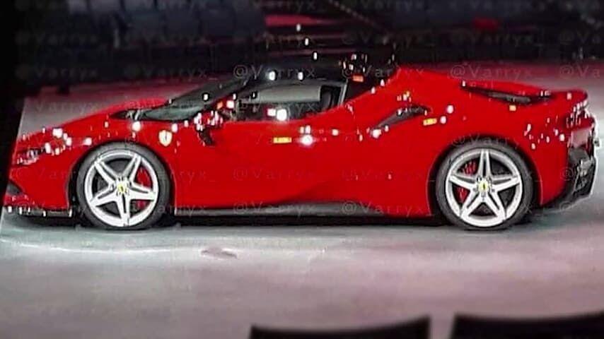 Se filtra la primera imagen del nuevo Ferrari SF90 Stradale